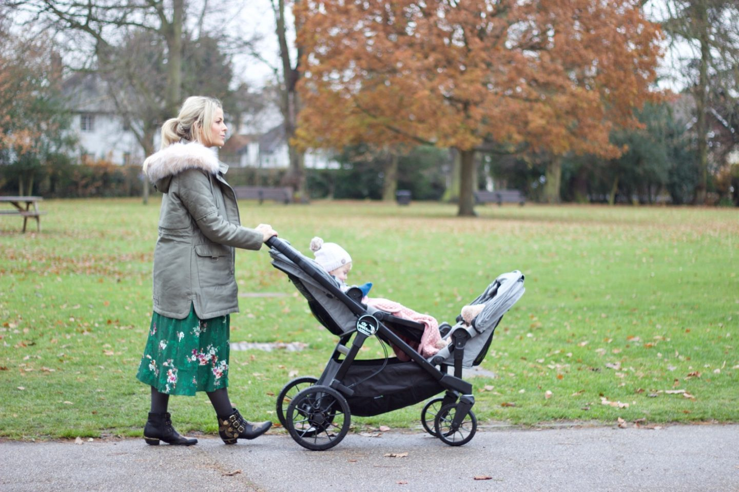Baby Jogger City Select LUX – The Single, Double & Even Triple Pushchair!
